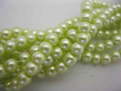 Glass Pearl Beads Light Green 4mm